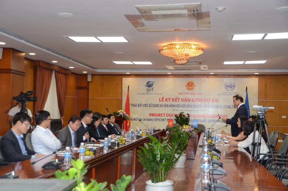 Thúc đẩy sử dụng và vận hành nồi hơi hiệu quả năng lượng tại Việt Nam